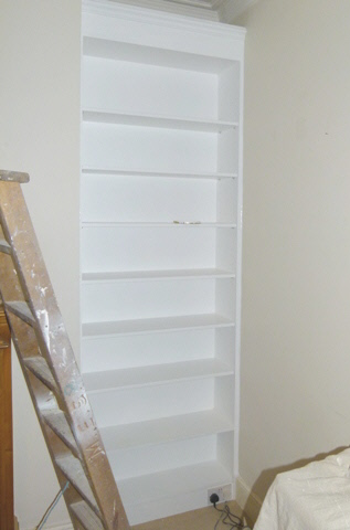South-Mimms-EN6 Fitted Alcove Bookcase